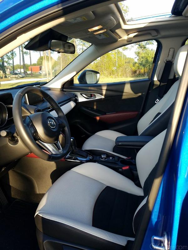 Zipping Around Town In The 2017 Mazda Cx 3 Ok Dani